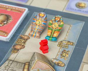 Luxor Brettspiel: In der Grabkammer