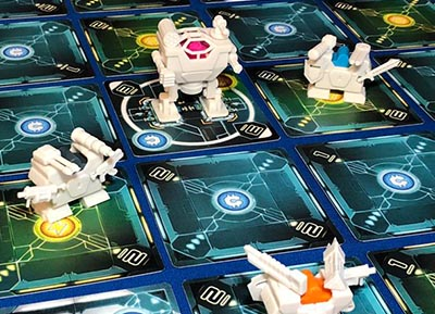 ITEMeeple bei Tiny Epic Mechs