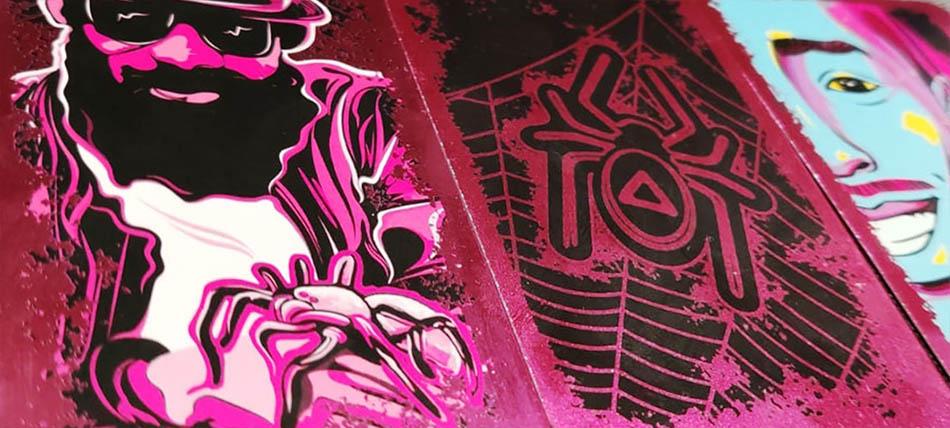 Anansi - Karten im Metallic-Look